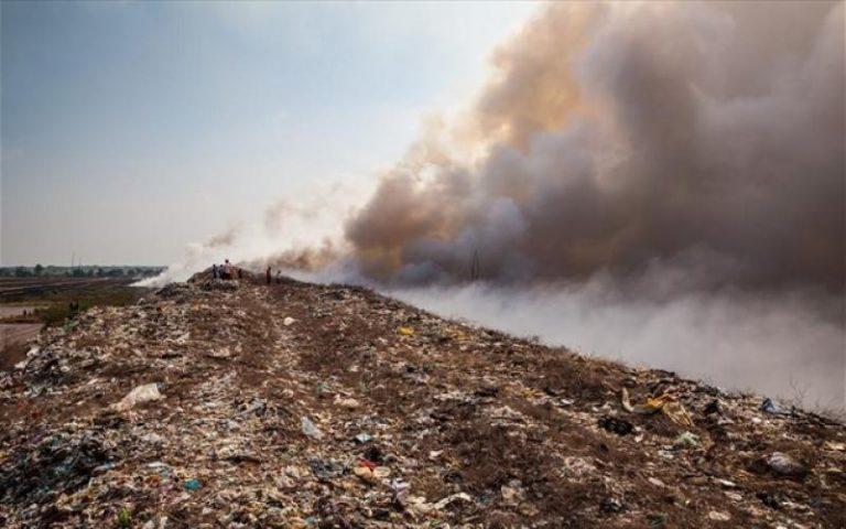 Κοκτέιλ Κορωνοϊού με καύσιμο τα σκουπίδια
